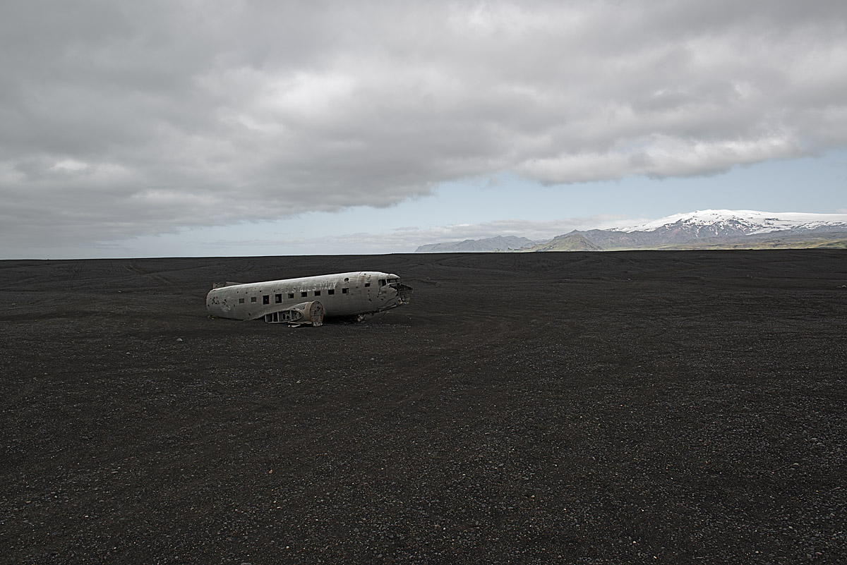 asleep at the switch, happy end #7.1, iceland 2012 (all 4 on board survived the forced landing and got rescued in 1973)