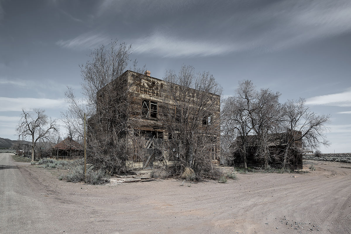 no vacancy #61, usa, 2016 (hotel and general store in rural utah)